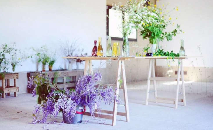 LA readers: Cara Marie Piazza and florist Sophia Moreno-Bunge of Isa Isa will beteaching a floral arrangement and bundle dyeing workshop March th on the rooftop of Delvaz Projects.Sign up and details here.
