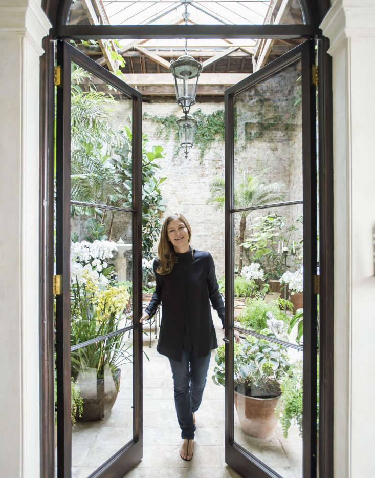 Picked up byT Magazine: designer Rose Uniacke in London; photograph by Matthew Williams for Gardenista. See more at Among the Orchids: Designer Rose Uniacke at Home in London and in our Gardenista book.