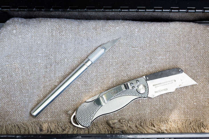 Two different styles of knives. An X-acto No. \1 Precision Knife with five replacement blades (at L) is \$4.7\1 from Amazon.