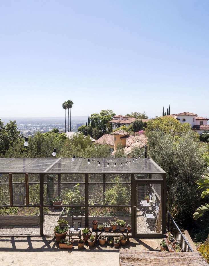In Los Angeles, an edible garden is sited to take advantage of the views.