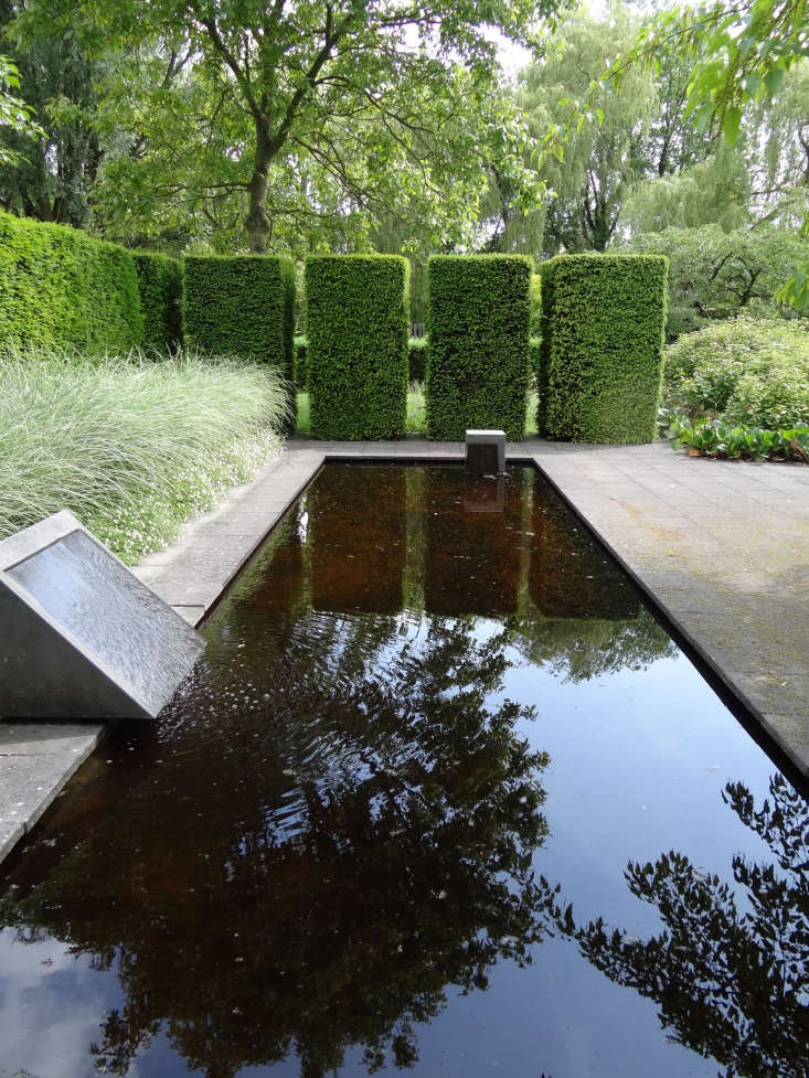 The Mien Ruys garden at Dedemsvaart. Photograph by Esther Westerveld via Flickr.