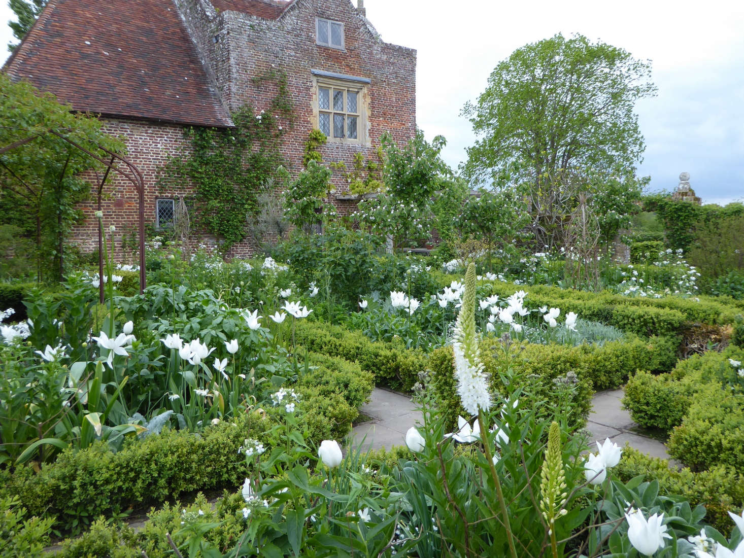 The white garden at Aatt Sissinghurst Castle, where Vita Sackville-West created her breathtaking gardens in Kent, England. Photograph by Clare Coulson for Gardenista, from Sleeping at Sissinghurst: An Overnight Stay at England&#8