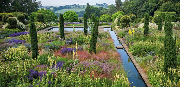 The sublime gardens at Broughton Grange, Oxfordshire, designed by Tom Stuart-Smith.