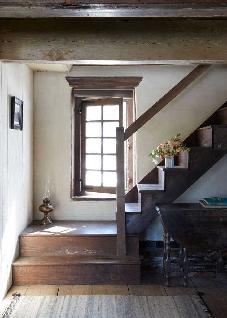 An old stone house in upstate New York from the American Revolution era is lovingly restored by a West Coast couple. Photograph by Marili Forastieri, produced and styled by Zio & Sons, from A \1700s Stone Farmhouse in the Hudson Valley, Discovered via Google.