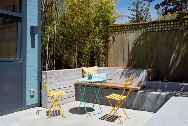 Now, the &#8\2\20;lower patio&#8\2\2\1; is defined by a low, board-formed concrete retaining wall (poured against a wood framework, so the concrete resembles boards). See our Hardscaping \10\1 posts: Poured-In-Place Concrete andRetaining Walls, plus \10 Genius Garden Hacks with Poured Concrete.