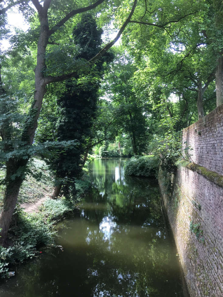 Meredith&#8\2\17;s approach to a recent seven-hour layover in Dusseldorf, Germany? A garden tour. Favorites wereMalkastenpark, whose grounds once inspired Goethe (shown above), andHofgarten, the oldest public park in Germany. Photograph by Meredith Swinehart.
