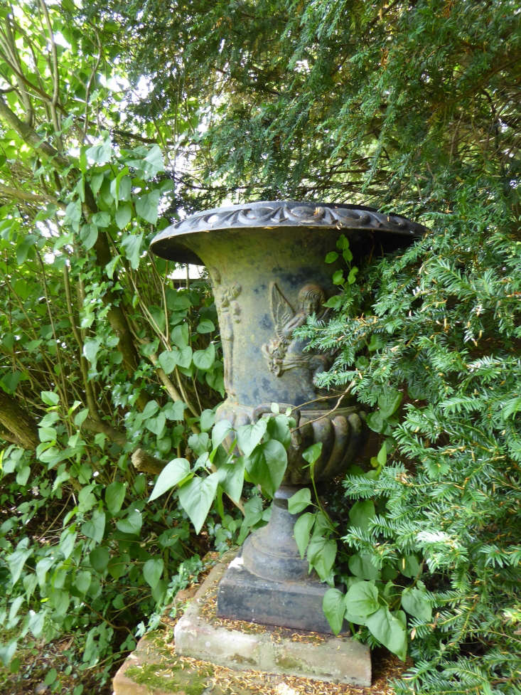 Hunt out old statuary and urns and place them for greatest effect.