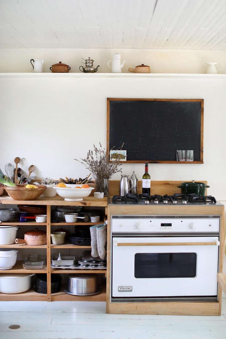 &#8\2\20;Designer Deborah Ehrlich favors deconstruction over renovation and reduction over decoration,&#8\2\2\1; writes Alexa. Photograph by Justine Hand.