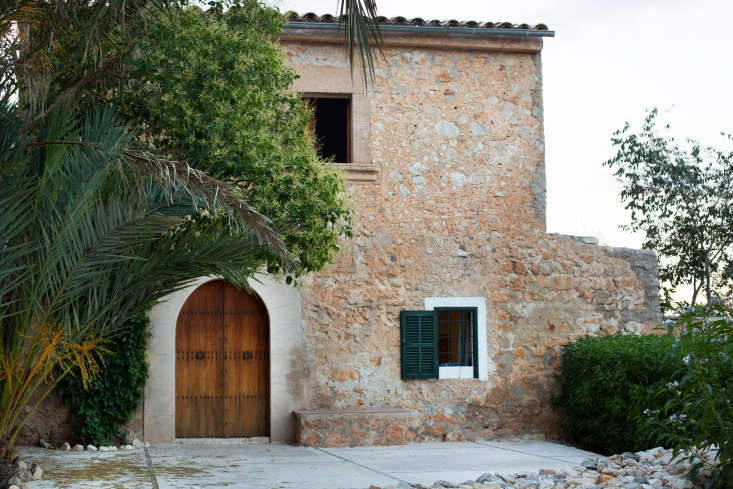 One of several Bou Ros properties that owners Miquel Fuster Riera and David Roldan Sastre rent to lodgers, the finca&#8