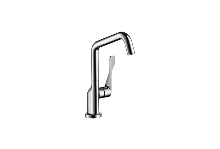 A good kitchen faucet can be hard to find. Meredith rounds up \10 architects&#8\2\17; go-to favorite modern faucets in this week&#8\2\17;s \10 Easy Pieces post.
