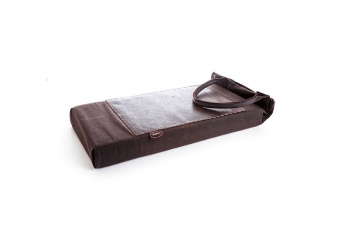 A Heritage Waxed Cotton and Leather Kneeler is£30 from Bradley&#8\2\17;s the Tannery.