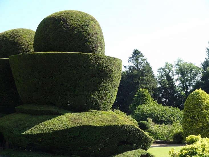 Crathes Castle Gardens. Photograph by Iain Cameron via Flickr.