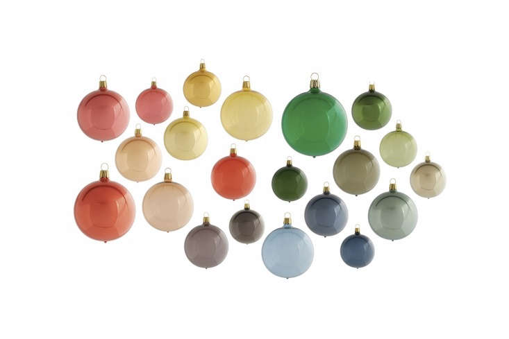 Alexa rounds up her favorite European Christmas ornaments in this week&#8\2\17;s Objects of Desire post.