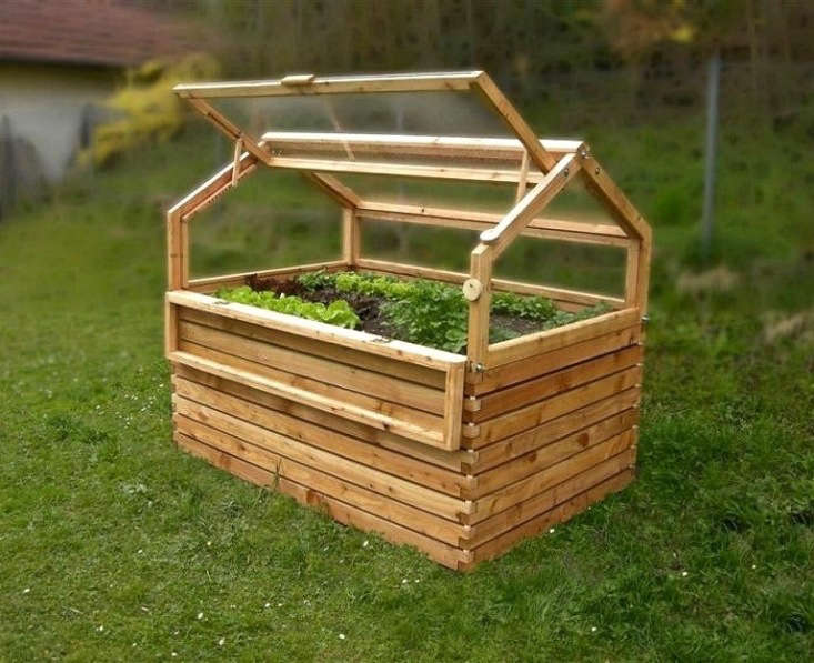 A combinationRaised Bed With Cold Frame made of larch is available in three heights at prices ranging from €\1,890 to €\2,\250 from Gartenfrosch.