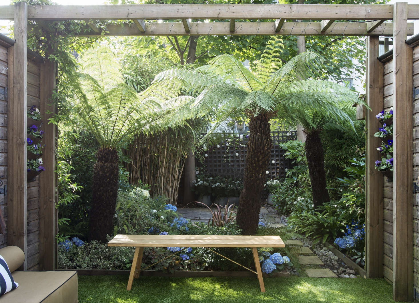 Design Basics 5 Steps To Create An Outdoor Room On A Budget Gardenista