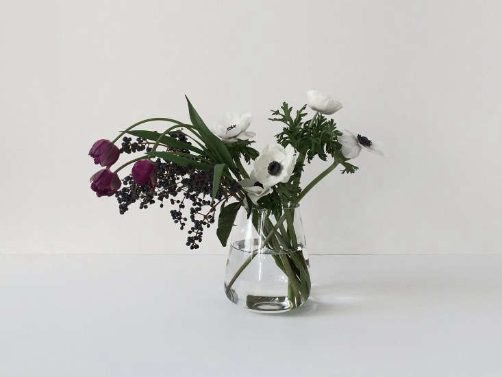 Based in Seoul, Korea, floral designer Seulki Kim&#8