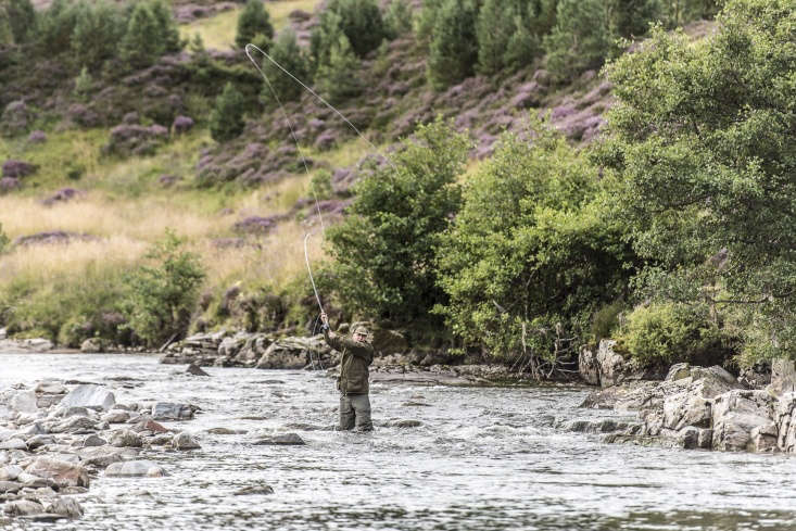 Killiehuntly organizes outdoor adventures for guests upon request, including fly fishing, hunting, hiking, and mountain biking.