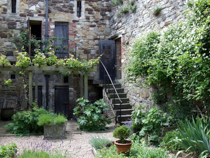 A re-creation of a medieval herb garden in a former prison exercise hard at Ypres Tower in East Sussex. Photograph by Jim Linwood via Flickr.