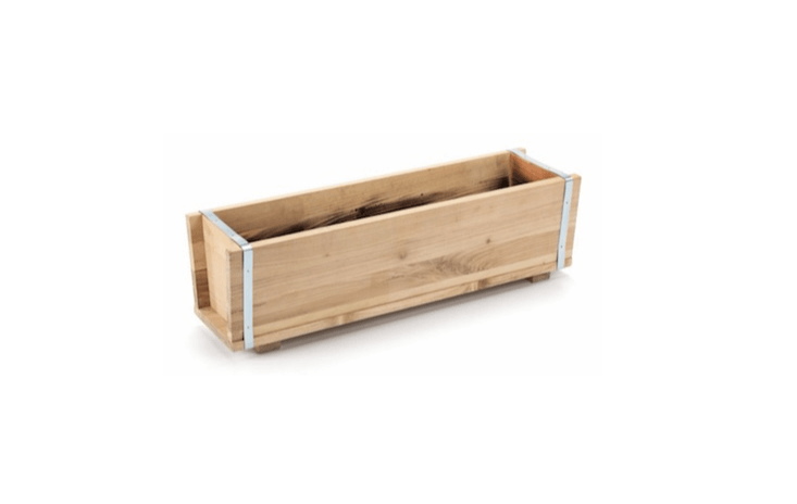 A Robina Wood Balcony Planter is framed with non-alloy steel bands and has two drainage holes; €78 at Manufactum.