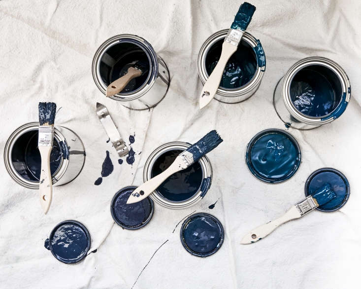 Sample cans of (from left:) Benjamin Moore&#8\2\17;s Hale Navy,Evening Sky and Polo Blue; ICI Paints&#8\2\17;s Gabled Blue, and Benjamin Moore&#8\2\17;sWashington Blue.