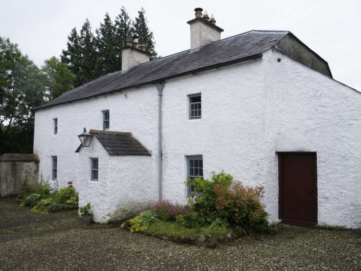 Stay in an Irish farmhouse, castle, or lighthouse: These historic landmarked properties(and gardens) are all available for rent. Pictured here: Knocknalosset House, down a country lane with a cottage garden, &#8\2\20;\15 mins drive from Bailieborough.&#8\2\2\1;