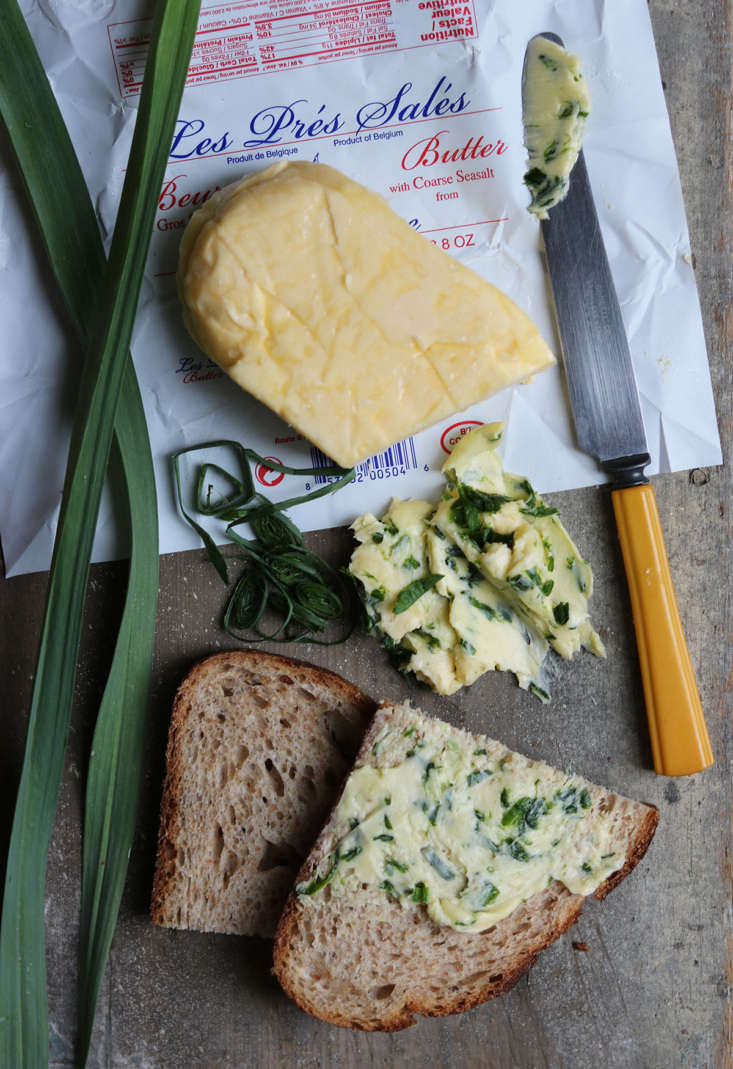 Add the finely sliced fresh garlic leaves to good butter or snip them across toast and eggs.