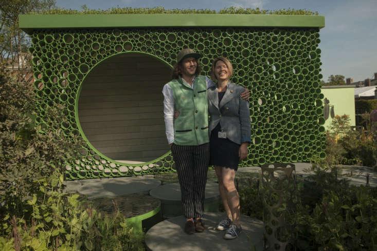 Pea fancier and Seedlip founder Ben Branson, with garden designer Catherine Macdonald, Ph.D.