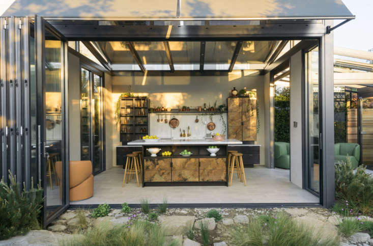 UK-basedCaulfield Co., makers of state-of-the-art glass structures, commission Charlie Smallbone and deVol to create copper fittings and fixtures to stand up to the elements in a conservatory kitchen.Photograph courtesy ofdeVol.