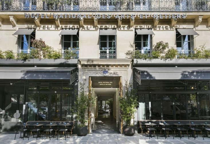 Photograph via Hotel National des Arts & Métiers.