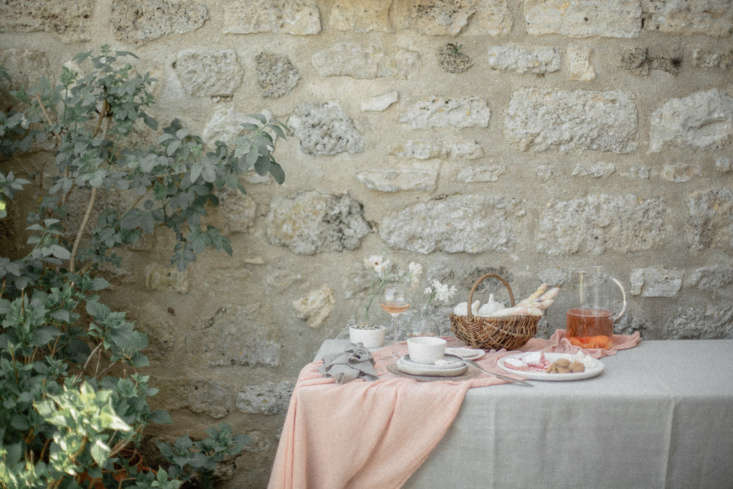 Photograph byChikae HowlandfromHow to Arrange Flowers Like a Frenchwoman: 8 Chic Techniques.