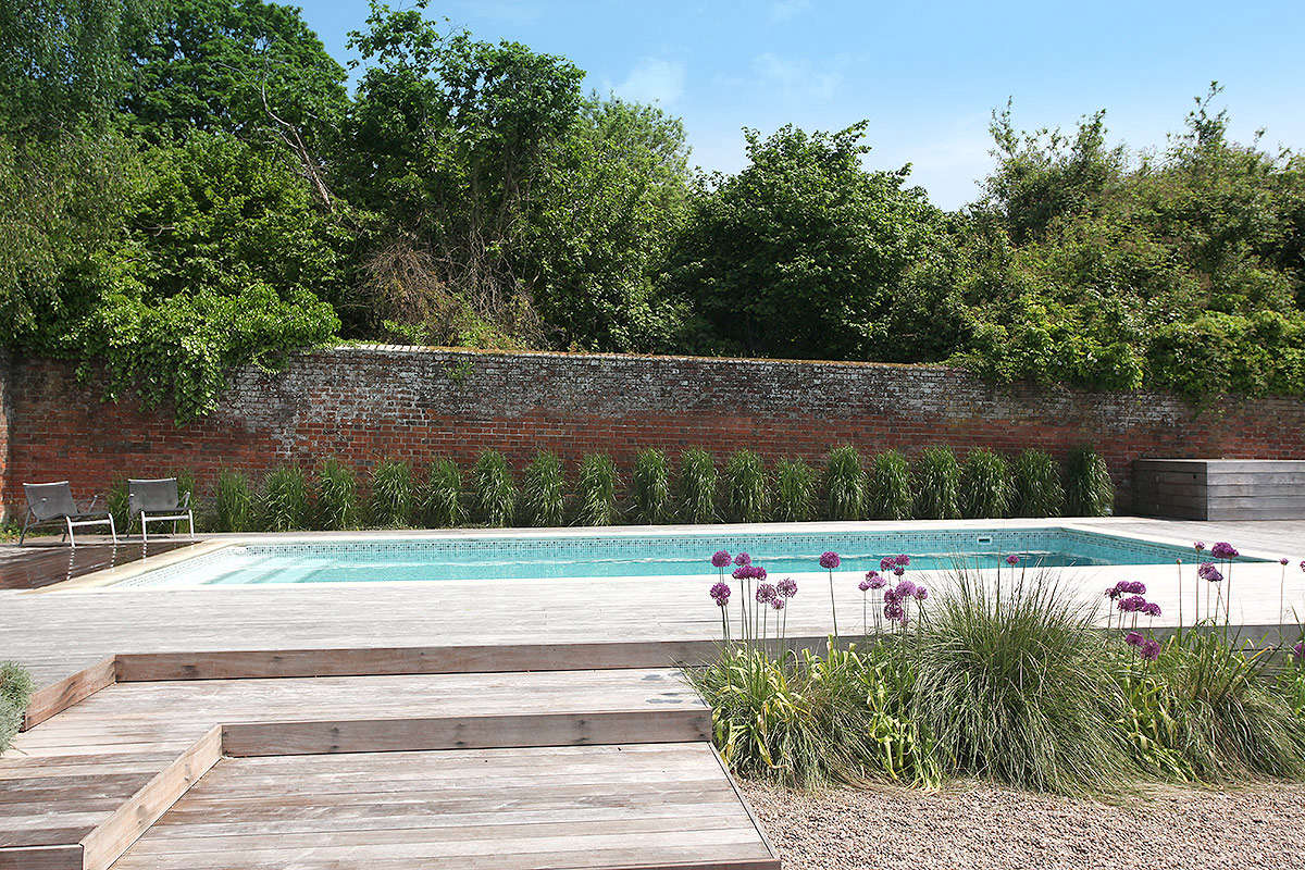 How To Successfully Design Retaining Walls For Any Landscape On Gardenista