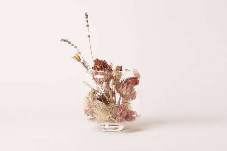 Are dried flowers trending? Grace & Thorn in Hackney, London, is holding workshops on the art of the dry terrarium, pictured. (The next one is on Tuesday: Get all the details here.) And David Stark recently debuted eight arrangements for Vogue Living, with dried ferns, grasses, and flowers; see the results here.
