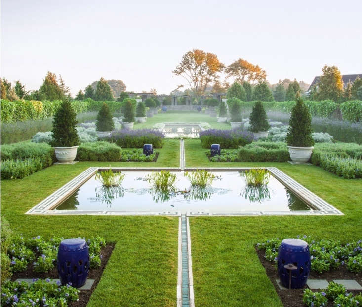 &#8\2\20;The enclosed Blue Garden is intensified as ahortus conclusus by preserving and reestablishing the agrarian context that surrounds it,&#8\2\2\1; the landscape architects say. A runnel connects the reflecting pools.