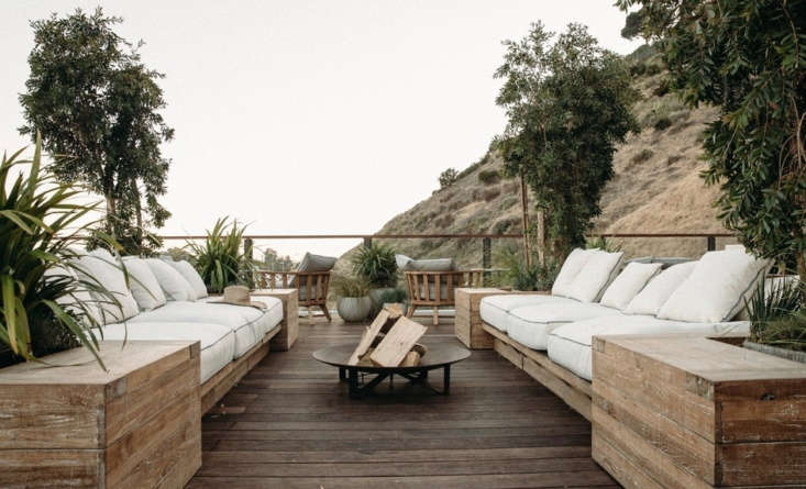 If you have white cushions, make sure they&#8\2\17;re not under bird-heavy trees. Photograph via The Surfrider, from Trending on Remodelista: 5 Design Ideas to Steal from the California Coast.