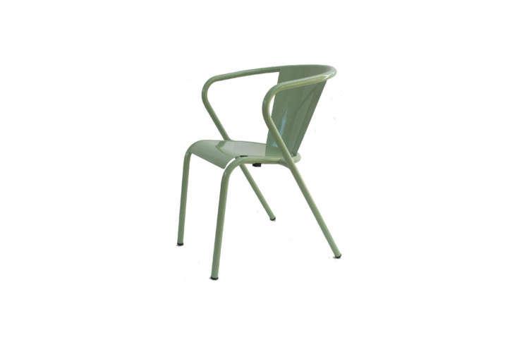 The Portuguese Arcalo Chaise de Jardin in &#8\2\20;métal vert clair&#8\2\2\1; is €\1\29 at Amazon.fr.