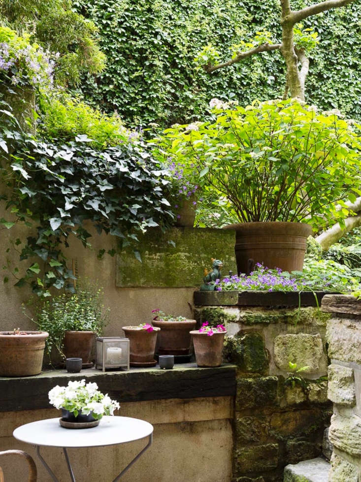 After purchasing the apartment, Pillsbury and her husband demolished an old stable and re-used the stones to create a terrace and garden walls.