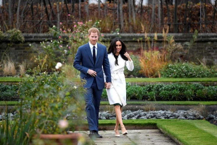 Harry and Meghan announced their engagement in the sunken garden at Kensington Palace, built in the first decade of the th century on the site of deteriorating Victorian-era greenhouses and cold frames near the palace&#8