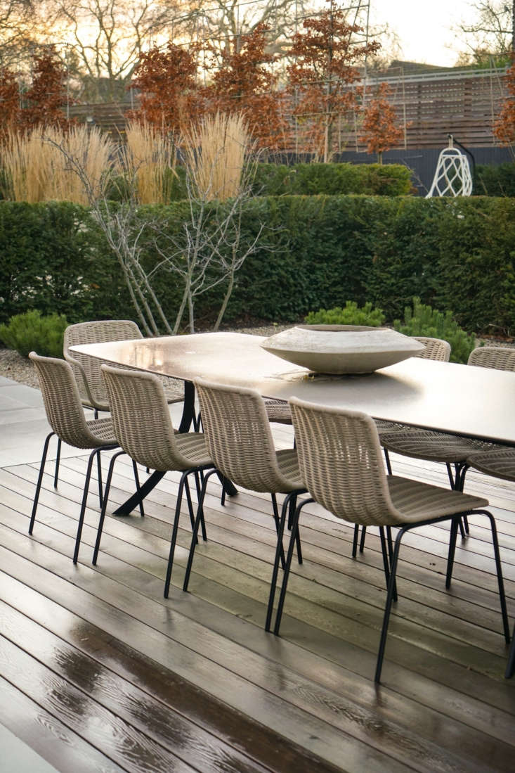 Braided dining chairs are from Expormim&#8