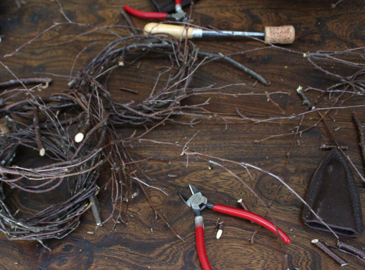 Sharpened tools and early stages of nests.