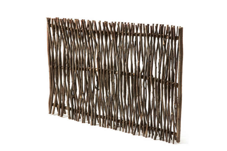 The rustic Privacy Screen Made of Hazel Switches is €7 at Manufactum.