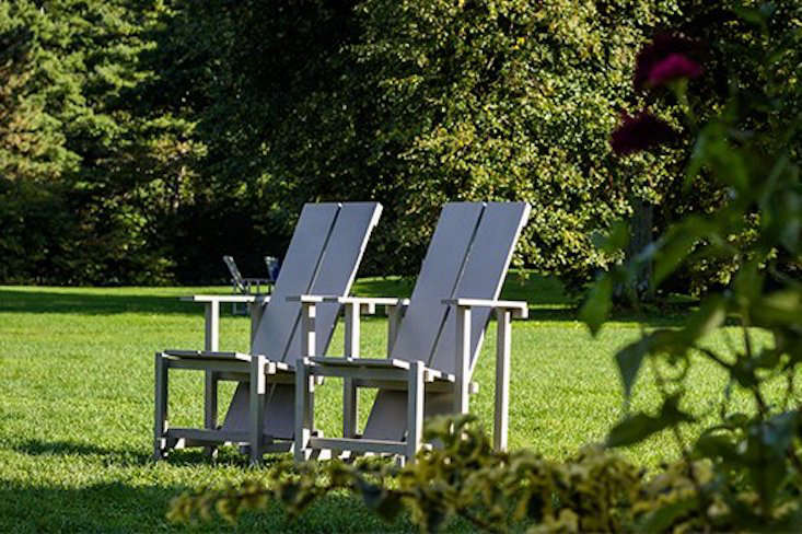 The Wave Hill Chair: Minimalist, Timeless—and You Can Make It Yourself! - Gardenista