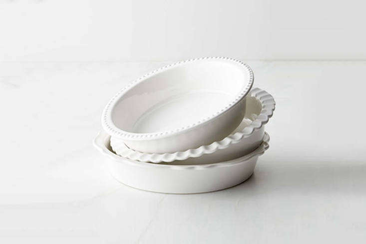 Much better than the throw-away tins from the grocery store are these attractive pie and tart dishes. See Alexa&#8\2\17;s \10 Easy Pieces: Holiday Bakeware for more ideas.