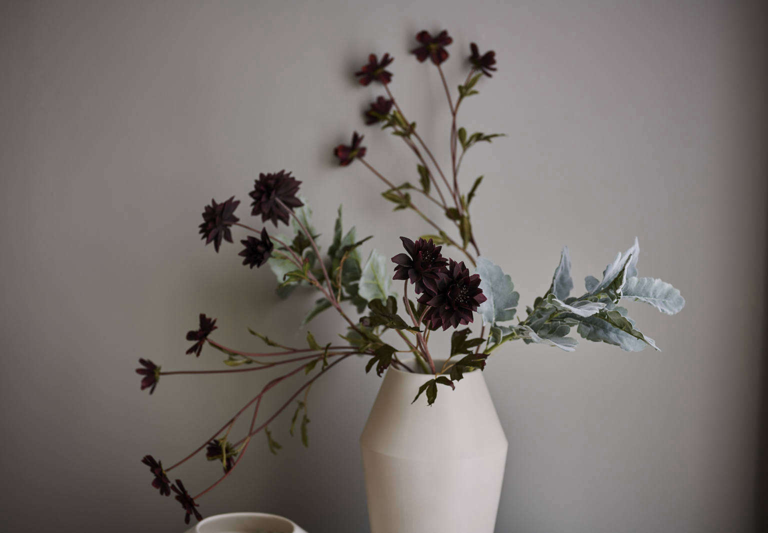 New Noteworthy The First Ever Eco Friendly Faux Flowers From Bloomist Gardenista