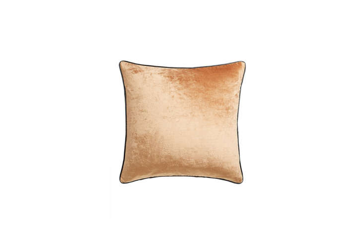 &#8\2\20;Noticed the past few weeks: throw pillows with pretty, prominent piping, both two-tone and monochrome,&#8\2\2\1; writes Annie. See all her picks in Trend Alert: Piped Pillows of All Hues (Plus Nine to Buy). (This one&#8\2\17;s from CB\2.)