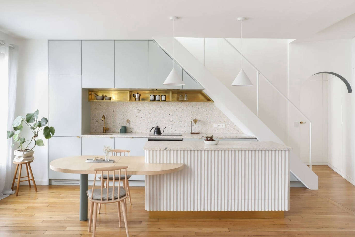 Seems like fluted details are a popular kitchen design trend these days. Margot shares her findings in Trend Alert: Kitchens with Fluted Detailing. Photograph courtesy of Heju Studio.