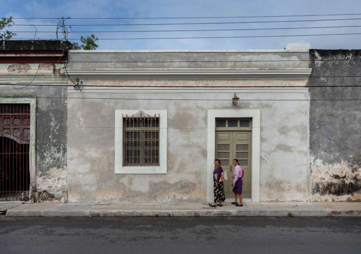 This home is situated in the bustling historic district of Mérida, but step inside its doors, and you&#8