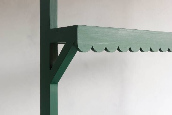 The Studio Green color plus the scalloping are what make this potting table especially appealing to me. (Scalloping is back in the design world; see Trend Alert: \2\1st Century Scalloping.)