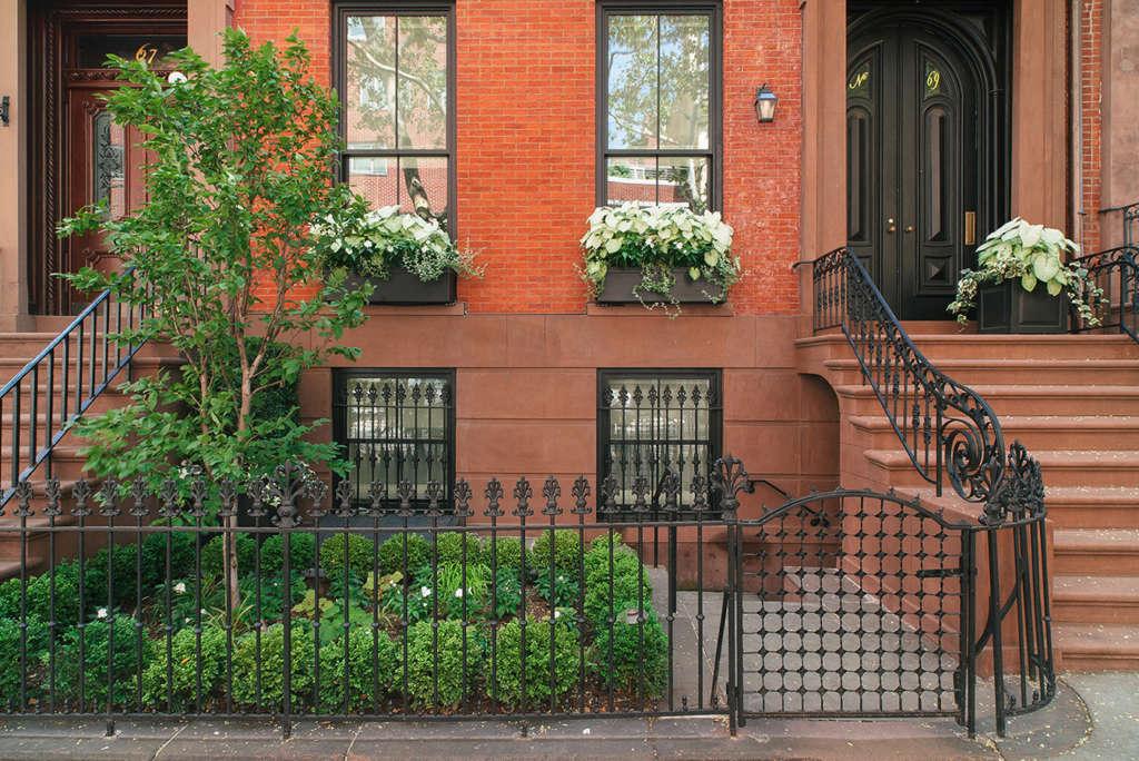 Brooklyn Heights garden
