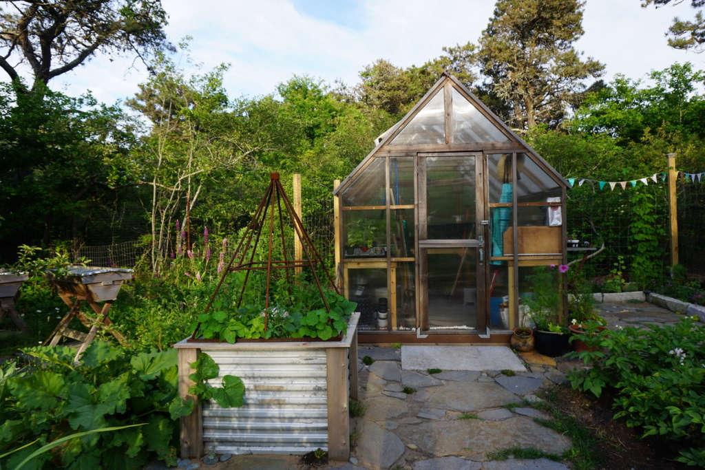 Greenhouse and Goshen stone