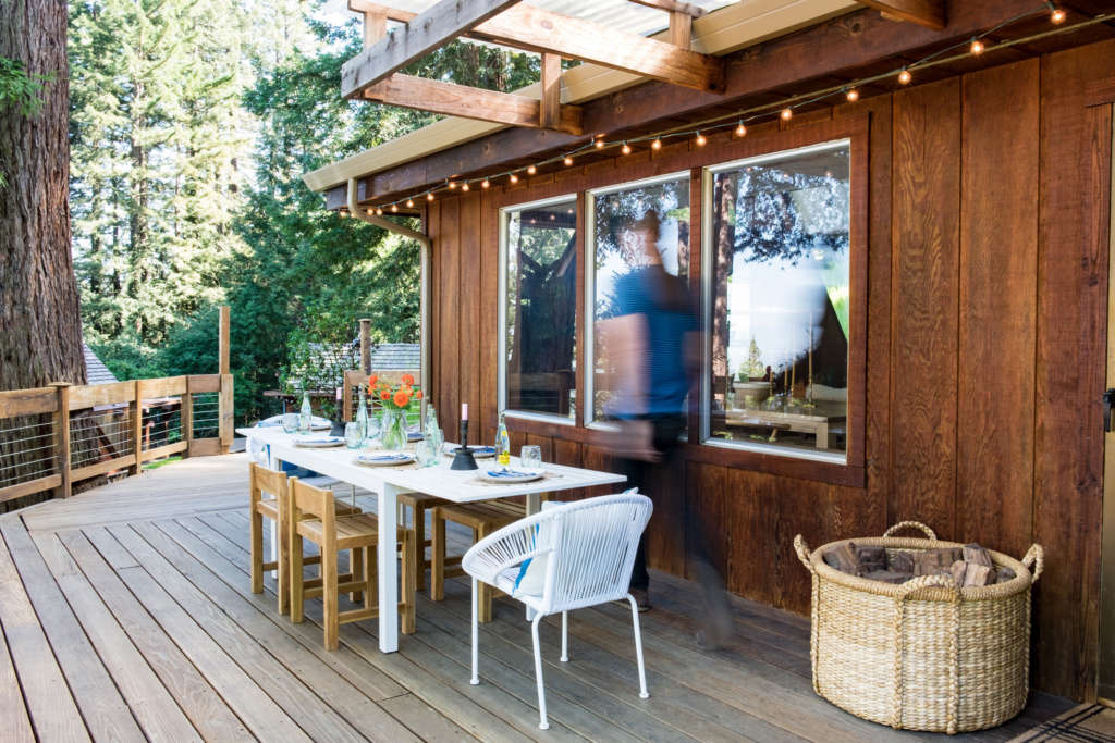 Dining Alfresco Amongst a Redwood Grove